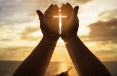Ранкова молитва, яка захистить від негараздів ваш прийдешній день
