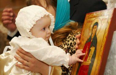 Діти і галас у церкві: тож брати їх з собою чи ні?