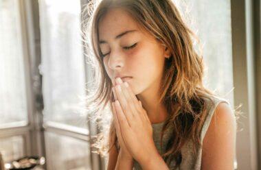 Сильні молитви від безгрошів'я і боргів