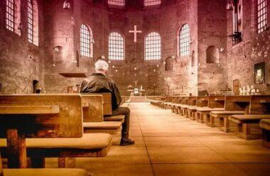 Надзвичайно сильні слова про те, чому люди ходять до Церкви, вам варто це знати.