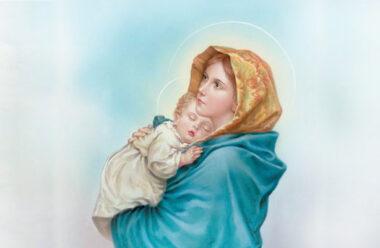 Молитва матері, яку варто прочитати кожній жінці, щоб вберегти своїх дітей