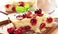 Пісні десерти: манник з вишнею. Спробуйте, вам сподобається
