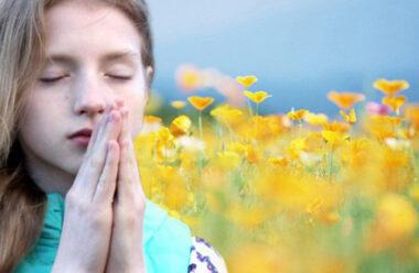 Не забудь помолитися Богу… Вірш який треба перечитувати кожного дня.