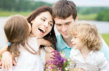 Надзвичайно мудра притча про «Дві сім'ї». Яку варто прочитати сьогодні