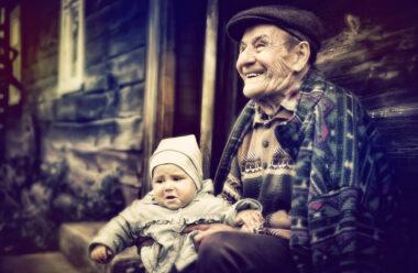 Кожна людина жива до тих пір, поки спогади про неї зберігаються в пам'яті її рідних.