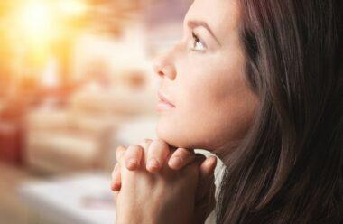 Молитва особливої сили: Дякую Тобі Господи за ще один прожитий день!