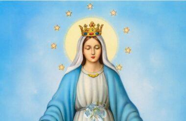 Травень присвячений Діві Марії. Практичні поради як відновити зв'язок з Марією впродовж цього місяця.