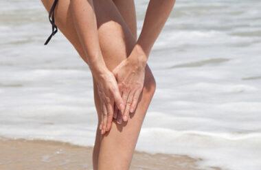 Сезон купання — як боротися з судомами. Це варто знати кожному.