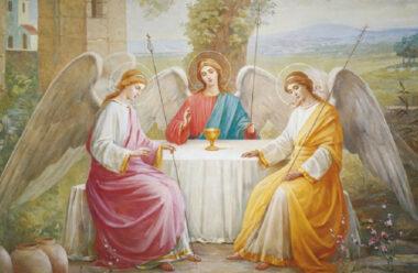 16 червня — День Святої Трійці. Що обов'язково маємо зробити в цей день