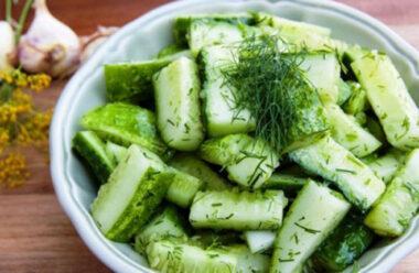 Салат з огірків на зиму «Дамські пальчики». Неймовірно смачно і просто.