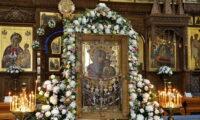 30 липня — Святогірської ікони Божої Матері. Вона зцілює людей від різних недуг.