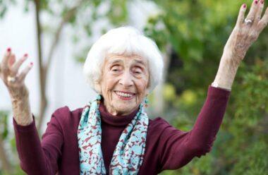 Секрет, як не боятися старості, від геніальної 103-річної жінки, яка не вміла бути нещасною