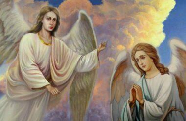 Поспішаючи жити, ми зовсі не помічаємо тих див, які посилає нам Господь. Гарна, мудра притча «Два Ангели і любов»