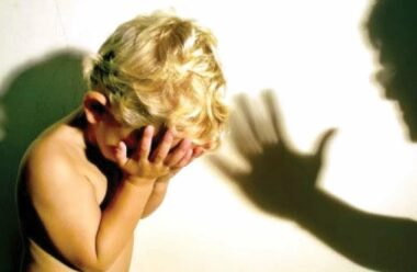 Важливо для батьків: чи можна карати дітей, та що про це каже Біблія?