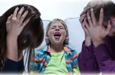 Що робити коли дитина не слухається: дієві поради батькам на замітку.