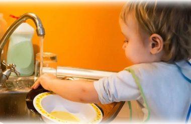 9 порад для батьків, які допоможуть навчити дитину самостійності
