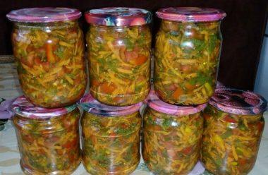 Овочева заправка для борщу та супу. Відкрила баночку зимою, і страва майже готова