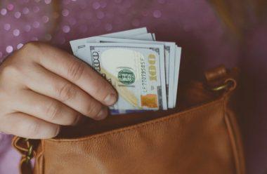 Дотримуйтеся цих порад, щоб завжди жити у достатку. Так роблять усі заможні люди