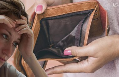 Через ці помилки вам постійно не вистачає грошей. Не допускайте їх, і завжди будете жити у достатку