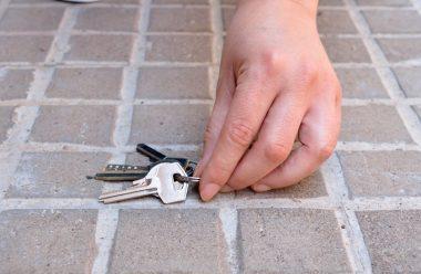 Головні правила поводження з ключами від дому. Чого в жодному разі не можна робити